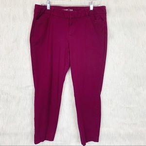 Wine/burgundy Old Navy pixie cropped pants-14